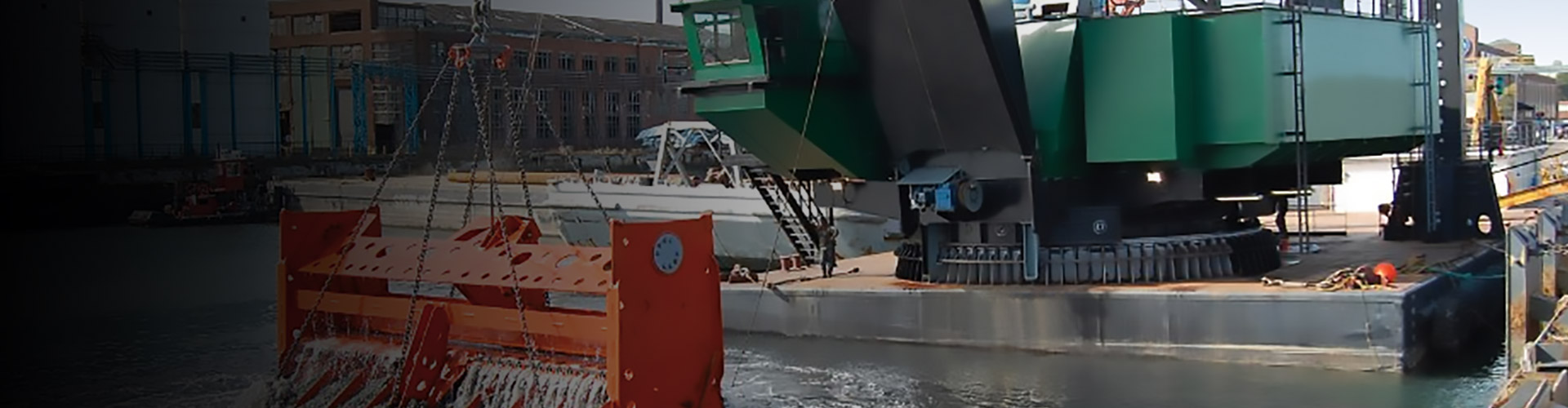 Largest Barge Dredge News Feature